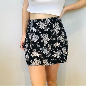 Bethany Mota black & white floral mini skirt